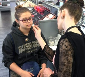 Selecting the right type of make up that reduces clogged pores for teens is very important.