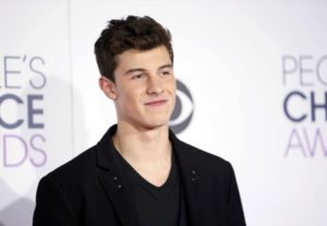 Singer Shawn Mendes looking adorable. Photo by: Reuters
