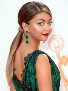 Sarah-Hyland-Hairstyles-Stylish-Ponytail