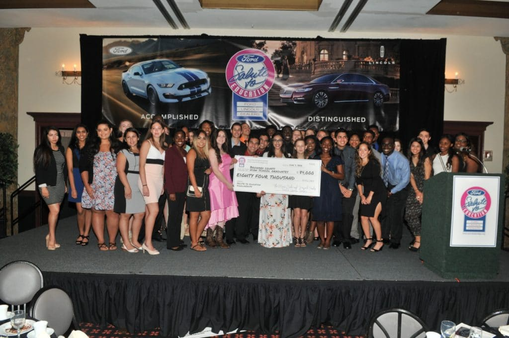"""Broward County Students Winner Group at the """"Salute to Education"""" event"""